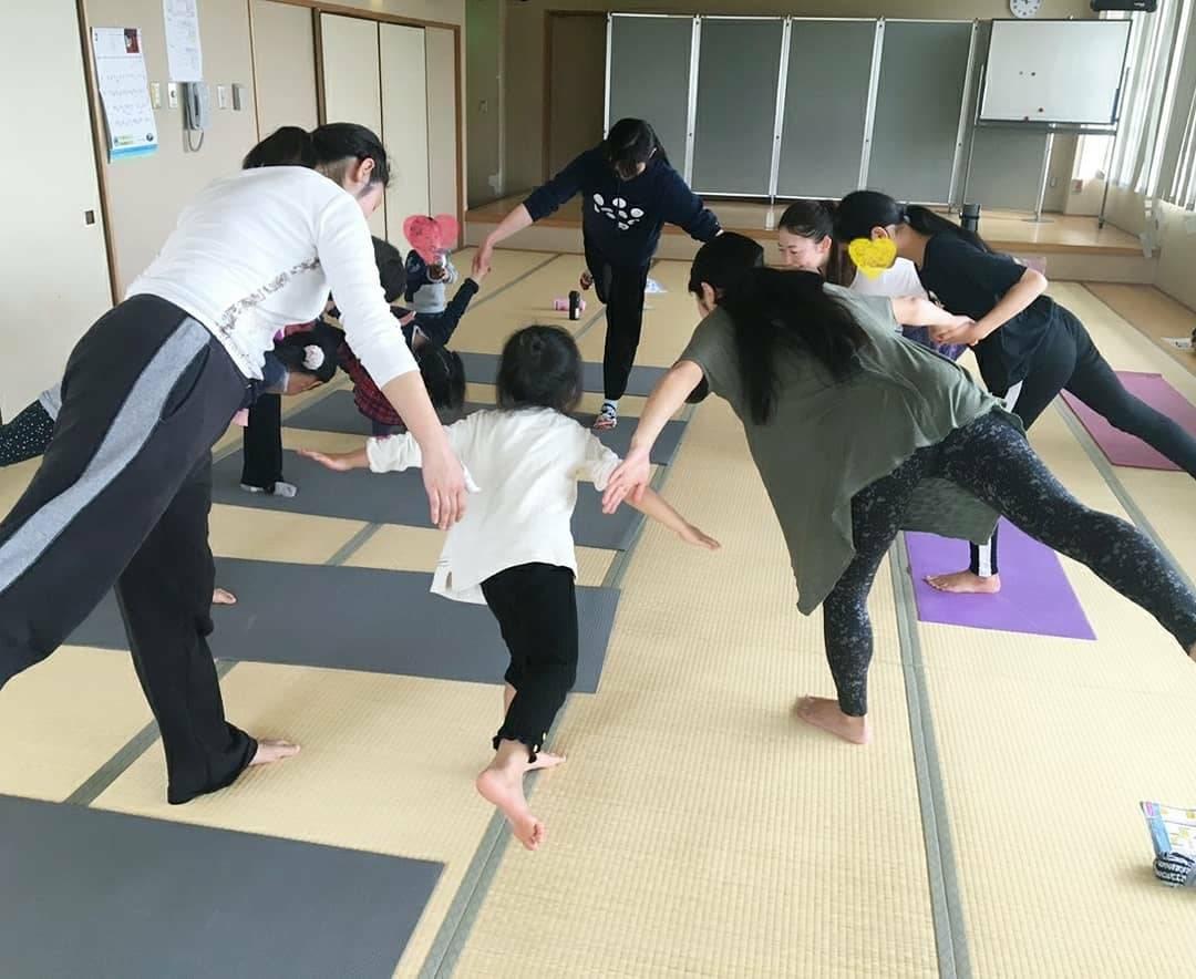 7月28日(日)親子ヨガ開催します!